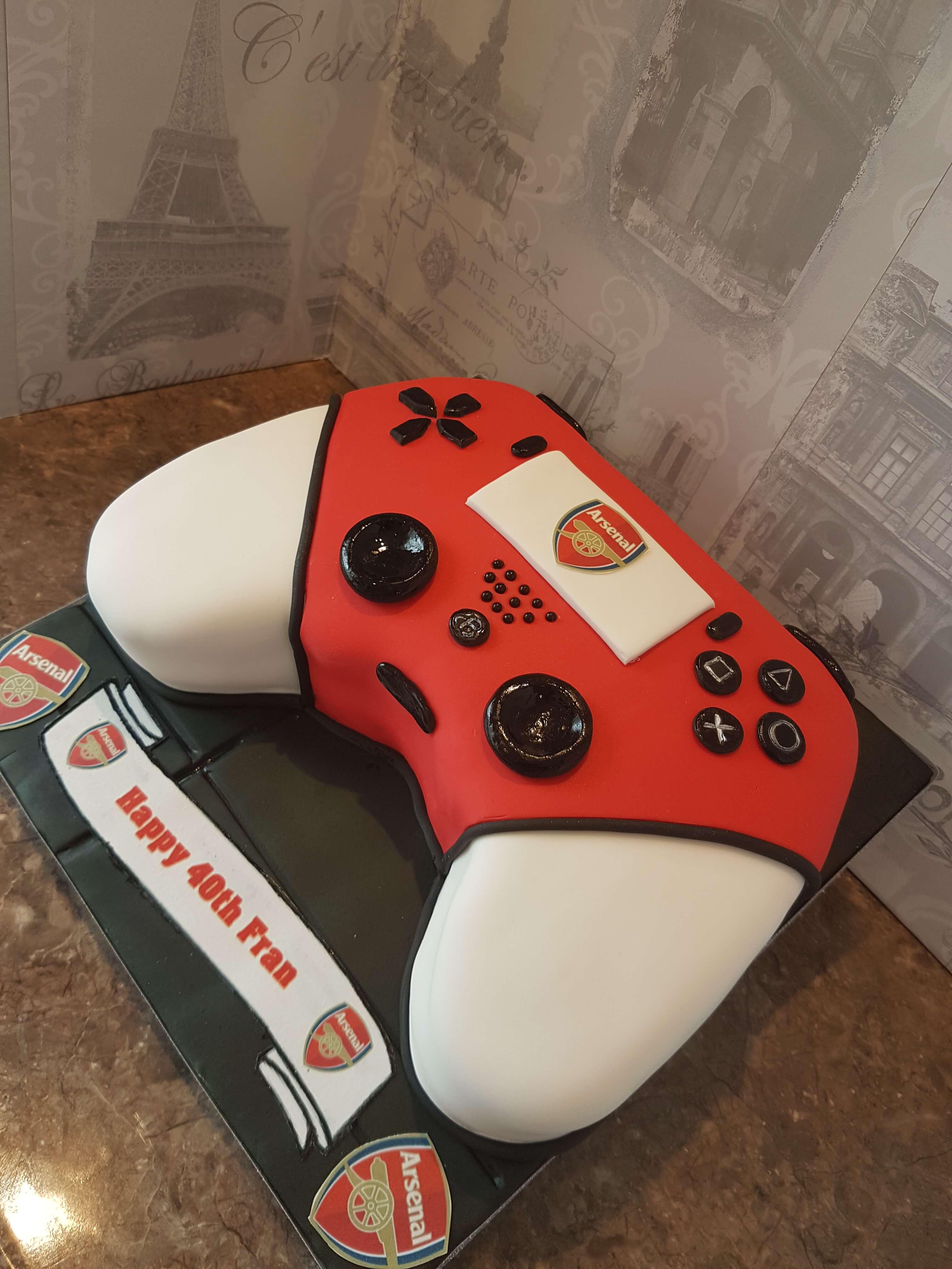 Arsenal & Controler Birthday Cake