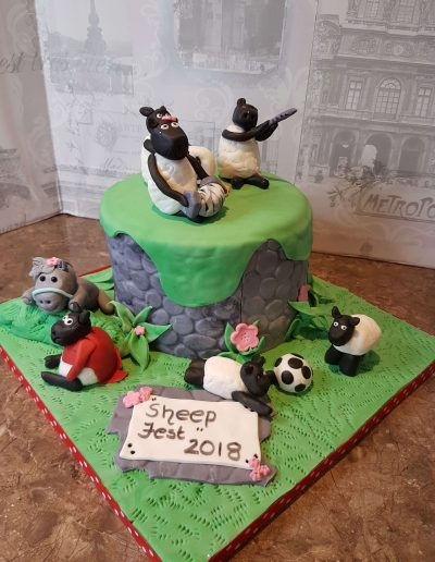 Celebrating SheepFest Baa-rilliant Cake