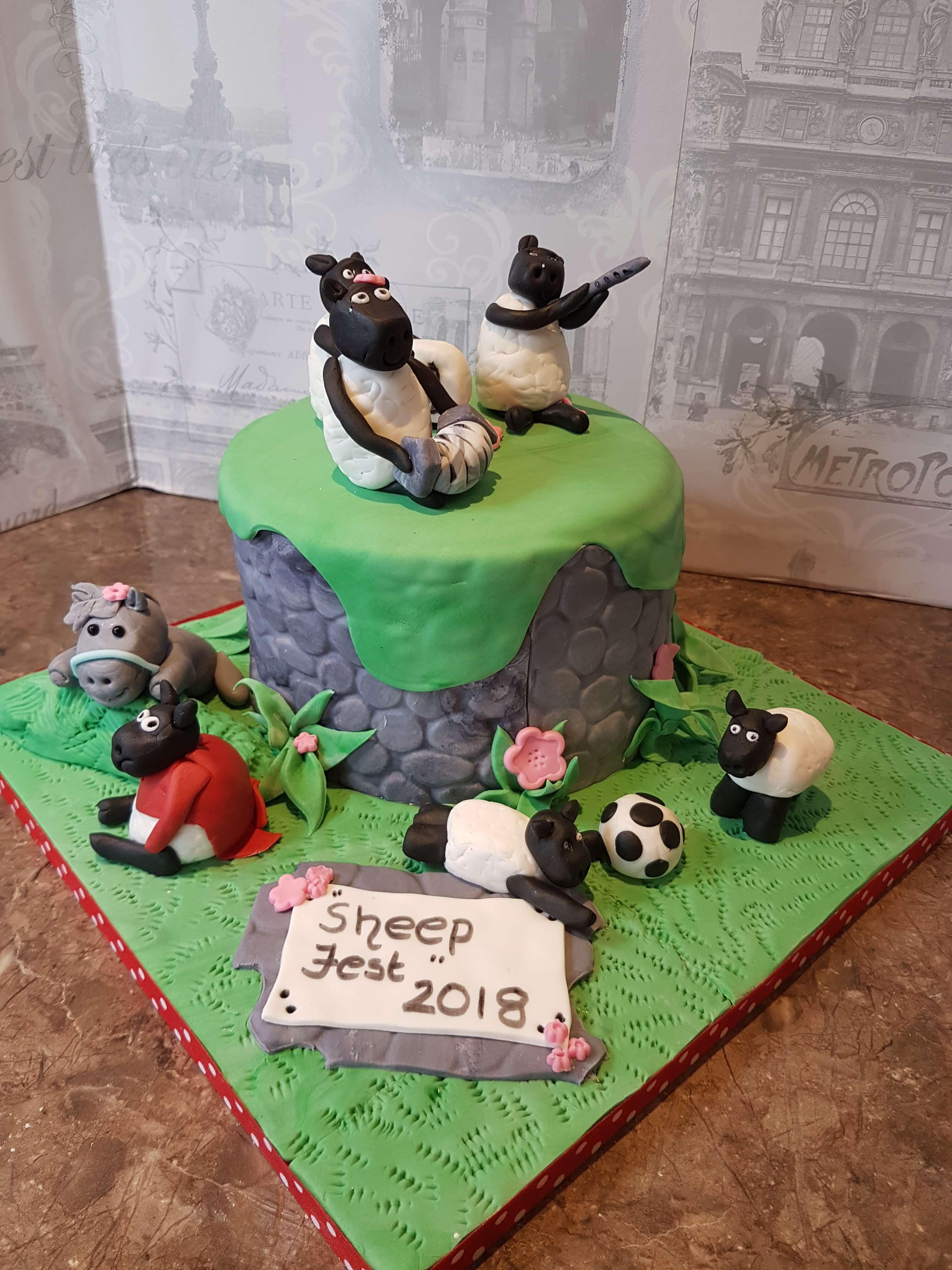 Celebrating SheepFest Baa-rilliant Cake